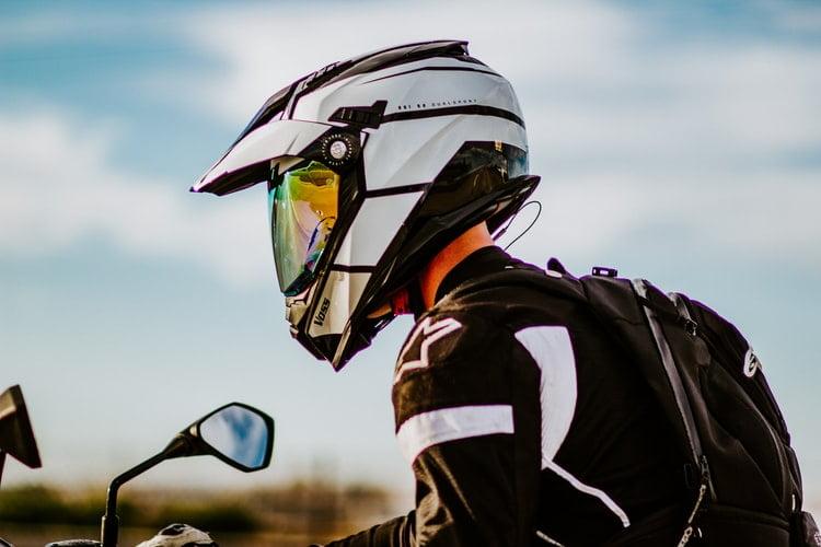 3 Key Advantages Of Wearing Helmet During Motorcycle Ride
